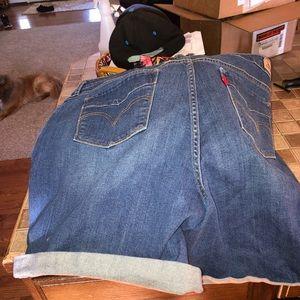 Women's Levi jean shorts.